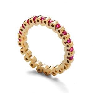 Ring - 18 karat guld med 12 rubiner