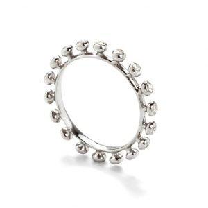 Ring - 18 karat hvidguld med diamanter