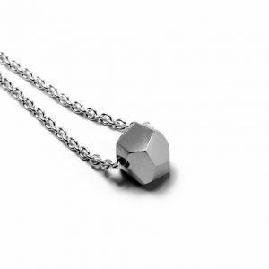 Facet vedhæng - 18 karat hvidguld i sølvkæde
