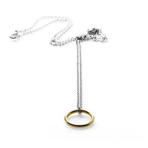 Whole vedhæng - 18 karat guld med sølvkæde